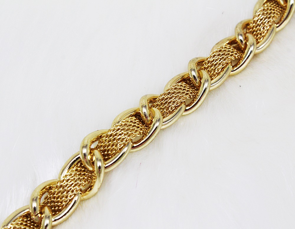 Guess Woven Disc Toggle Bracelet Gold