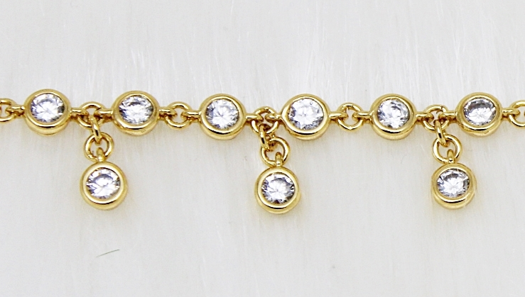 Juicy Couture Crystal Drop Bracelet Gold