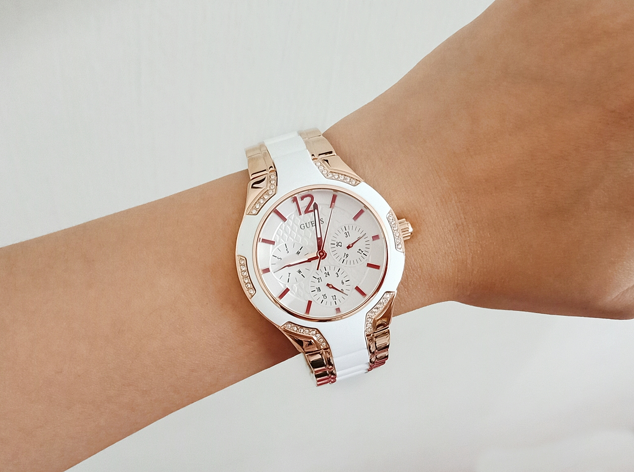 Guess U0556L3 Multifunction Sporty Rose Gold White Watch