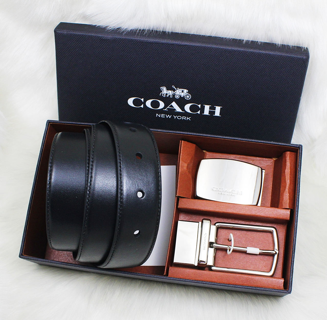 Coach F65185 Mod Plaque Harness Reversible Leather Belt Box Set