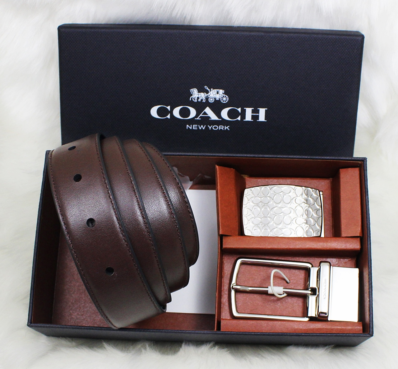 Coach F65186 Signature Plaque Harness Reversible Leather Belt Box Set