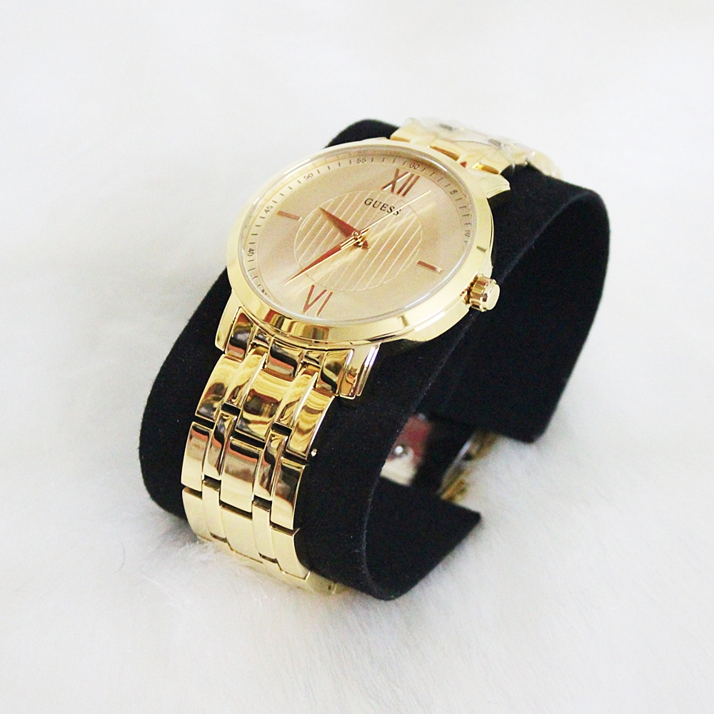 Guess U0716G3 Analog Stainless Steel Watch Gold