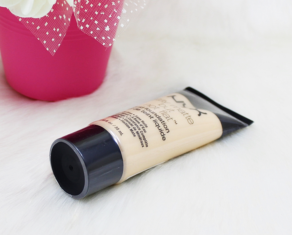 NYX Ivory Stay Matte But Not Flat Liquid Foundation