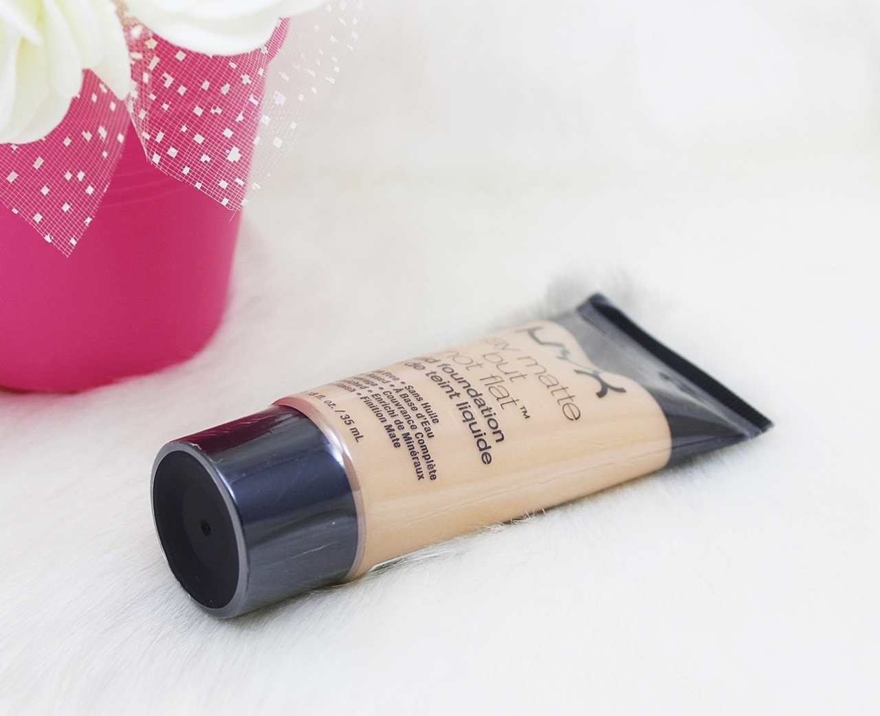 NYX Warm Stay Matte But Not Flat Liquid Foundation