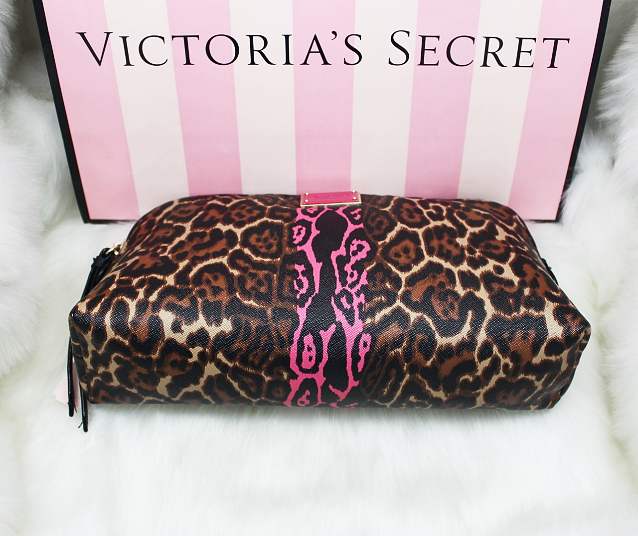 Victoria's Secret Wild Leopard Travel Makeup Cosmetic Case