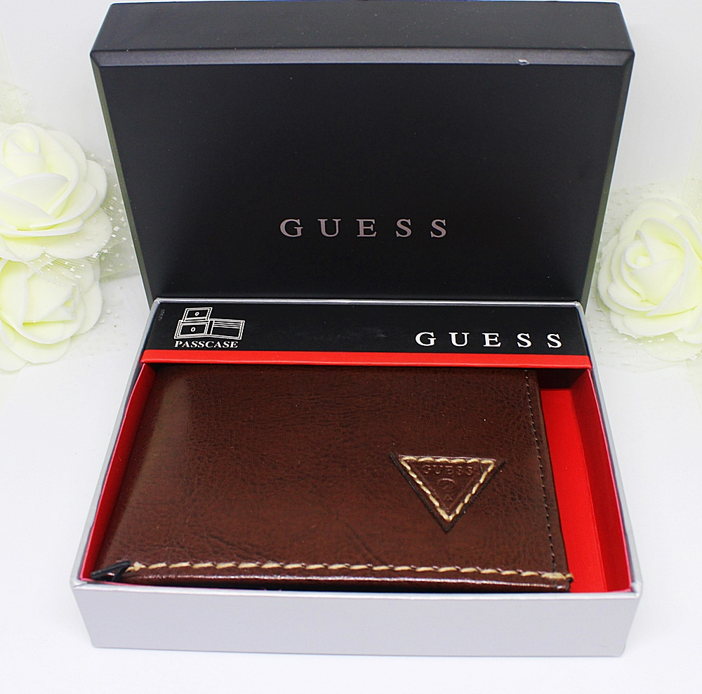 Guess Diego Triangle Passcase Men Wallet Brown