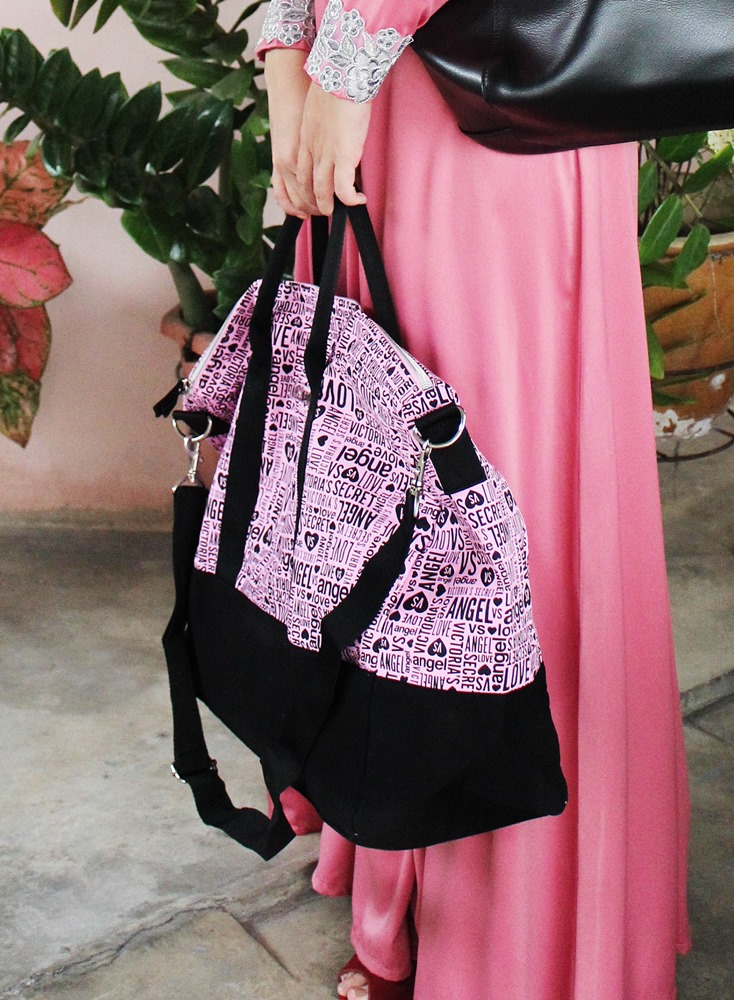 Victoria's Secret Getaway Monogram Weekender Tote Pink/Black