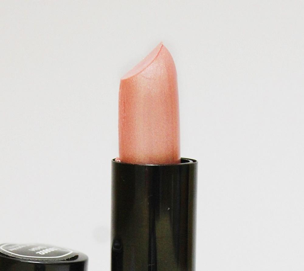 NYX Extra Creamy Round Lipstick Sash